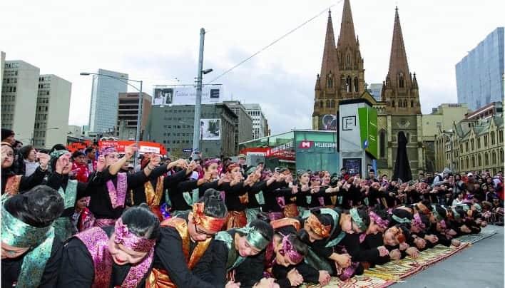 69 Penari yang Menggetarkan Nama Indonesia
