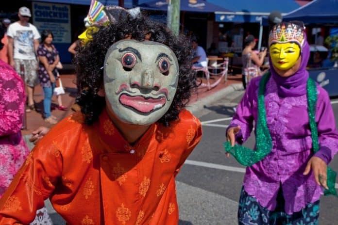 Parade Clayton Street Festival-OZIP