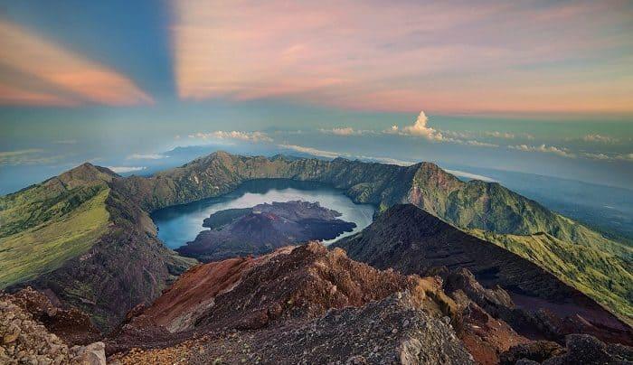 Lombok, dari Wisata Alam, Budaya, hingga Kuliner