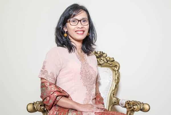 Dina, Kartini Akademisi