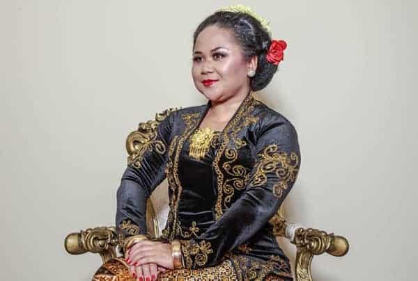 Rini, Kartini yang selalu menari