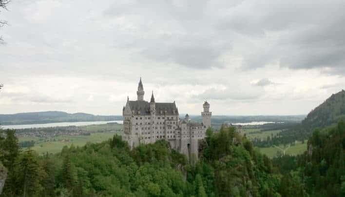 Satu Hari di Kastil Sleeping Beauty