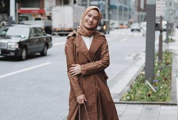 Model Busana Lebaran Kontemporer di Indonesia