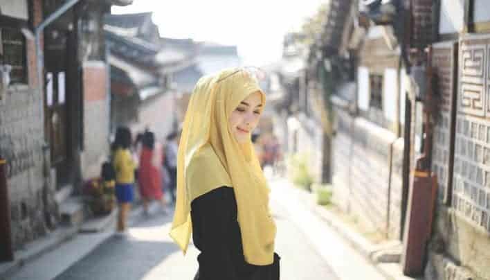 Beragam Pilihan Model Hijab Kontemporer di Hari Lebaran