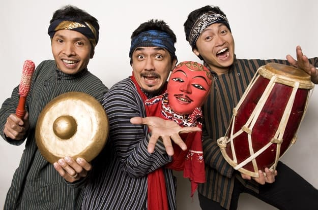 Trio Makukuhan-OZIP