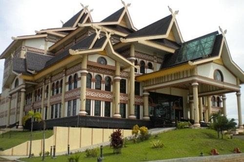 Seri ke-4 CATATAN HARIAN WISATA INDONESIA Riau dan Kepulauan Riau