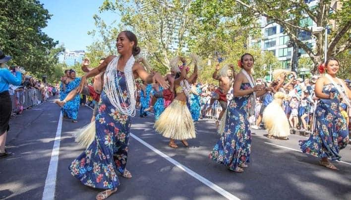 Meriahnya Moomba Festival