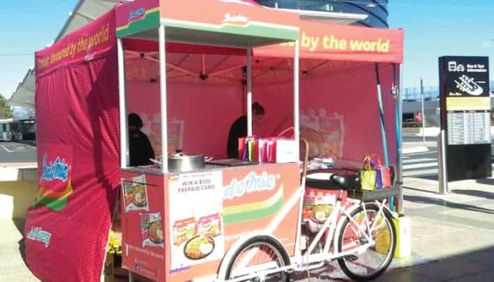 Indofood Bagi-Bagi Indomie di Chadstone Shopping Centre
